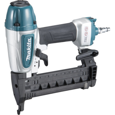 Makita AT638A Agrafeuse pneumatique 8,3 bar 13 à 38 mm